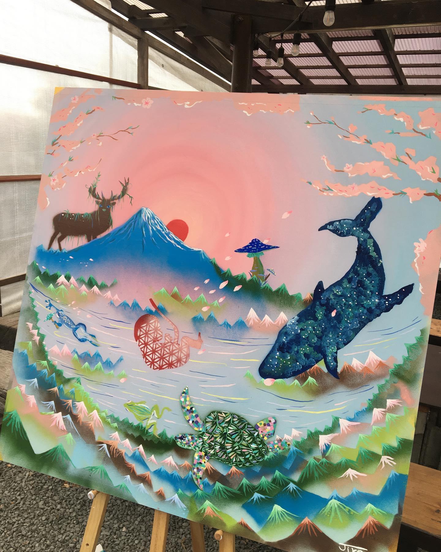 おはようございます。今日もお花見日和♪昨日は@jiro_artworks くんがお花見ライブペイントで素敵な絵を描いてくれていました♪お花見期間中、なごみに展示してくれています。ぜひぜひご覧下さいね︎今日もなごみオープン。素敵な出店者さん達もきてくれています。.28日の出店者さん●ちえパン●@kochannonikuman こーちゃんの肉まん●@piksknot ドライフラワーのスワッグ、リース●シスター軒スパイスカレー.●@shuwoodentableware 木のカトラリー.●砂丘砂絵@sakyu.sunae 砂絵体験ワークショップ●デンリコ皮細工●@ippuku_dokoro_tomoni_81 オニオングラタンスープ牡蠣など.シスタさんのゲリラお花見Liveもあるかも❣️❣️.#浜岡砂丘 #浜岡砂丘なごみ #河津さくら #camp #冬キャンプ #ゆるきゃん#ハンバーガー #長岡式酵素玄米